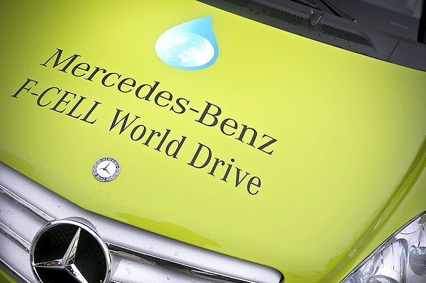 Mercedes B F-Cell